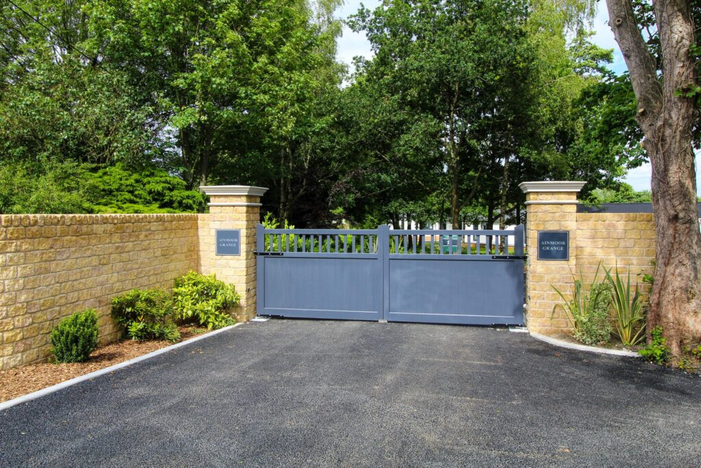 Park Homes for Sale Derbyshire | Ainmoor Grange Country Park Entrance 2